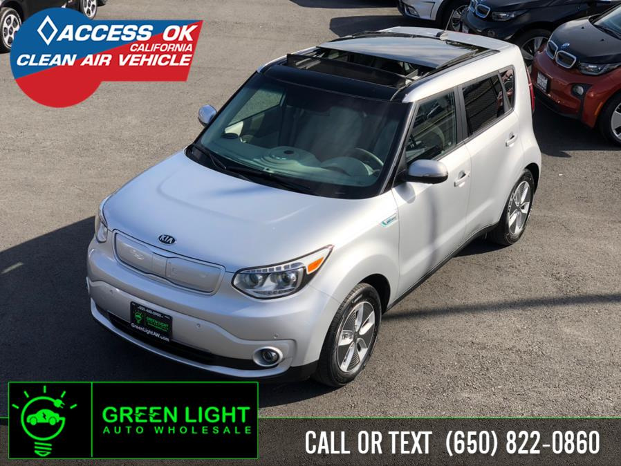 Used 2017 Kia Soul EV in Daly City, California | Green Light Auto Wholesale. Daly City, California