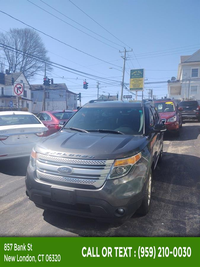 Used Ford Explorer 4WD 4dr XLT 2015 | McAvoy Inc dba Town Hill Auto. New London, Connecticut