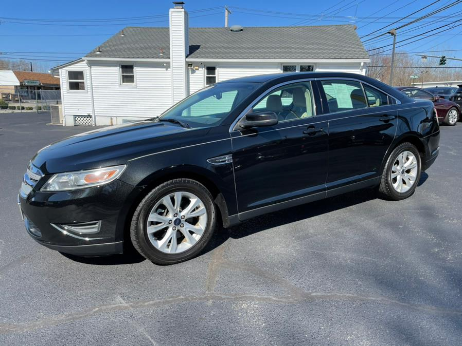 Used 2012 Ford Taurus in Milford, Connecticut | Chip's Auto Sales Inc. Milford, Connecticut