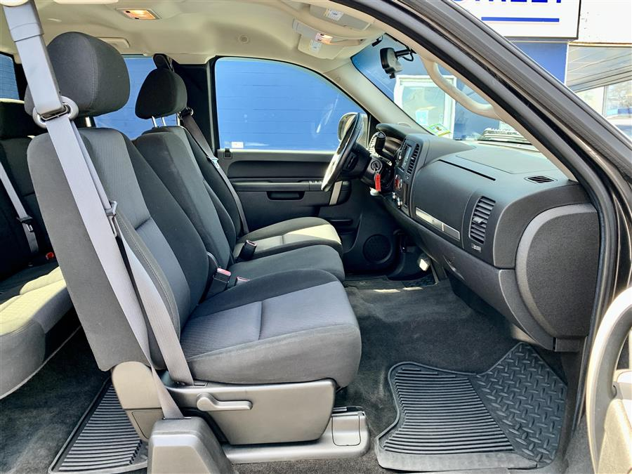 Used Chevrolet Silverado 1500 LT 2011 | Second Street Auto Sales Inc. Manchester, New Hampshire
