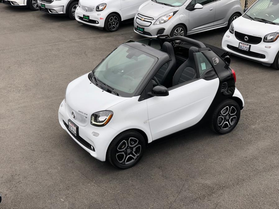 Used Smart Fortwo Electric Drive Prime Cabriolet 2017   Green Light Auto Wholesale. Daly City, California