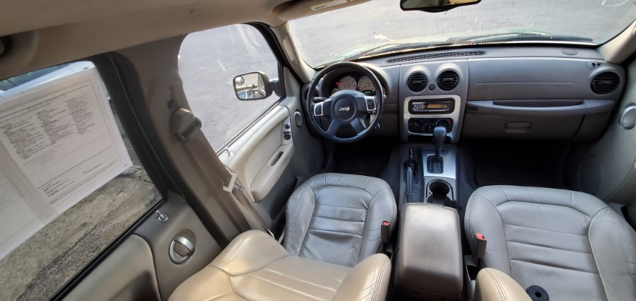 Used Jeep Liberty 4dr Limited 4WD 2004 | Rubber Bros Auto World. Brooklyn, New York