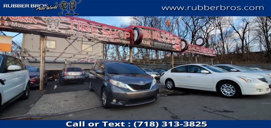 Used Toyota Sienna 5dr 7-Pass Van V6 LE FWD (Natl) 2011 | Rubber Bros Auto World. Brooklyn, New York