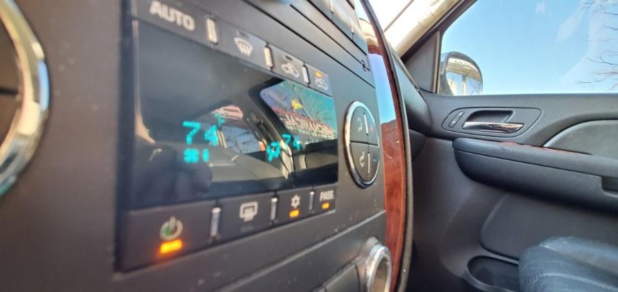 "Used Chevrolet Avalanche 2WD Crew Cab 130"" LTZ 2007 | Rubber Bros Auto World. Brooklyn, New York"