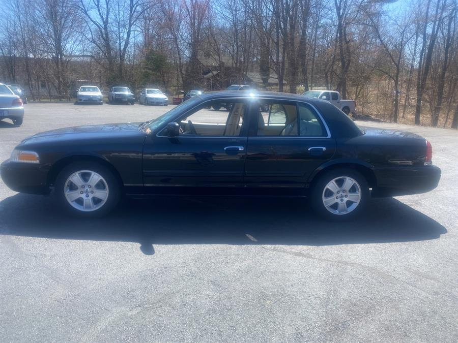 Used Ford Crown Victoria LX 2011 | Canton Auto Exchange. Canton, Connecticut
