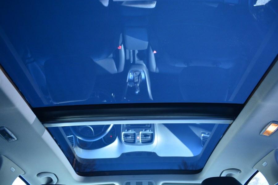 Used Volkswagen Jetta SportWagen 4dr DSG TDI 2011   Longmeadow Motor Cars. ENFIELD, Connecticut