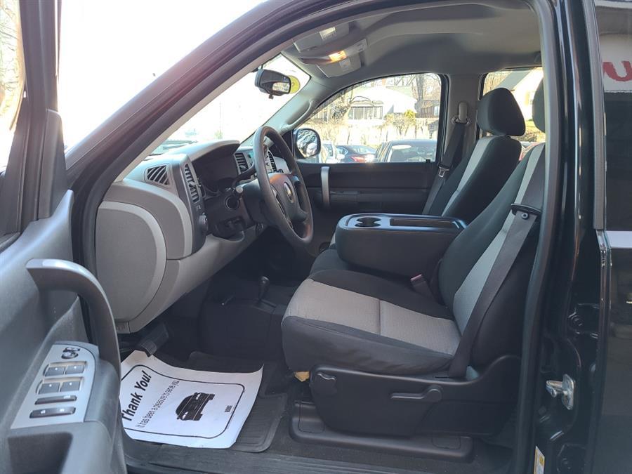 Used Chevrolet Silverado 1500 4WD Crew Cab LT 2008   National Auto Brokers, Inc.. Waterbury, Connecticut