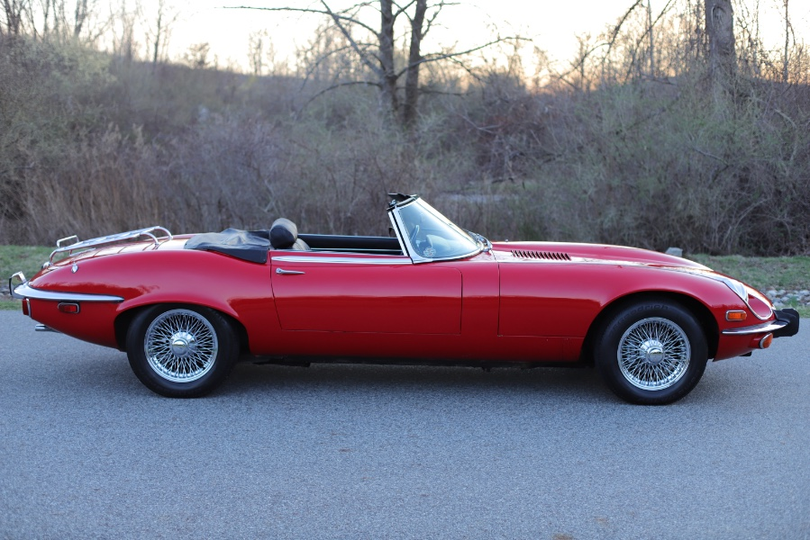 Used Jaguar XKE v12 1973 | Meccanic Shop North Inc. North Salem, New York