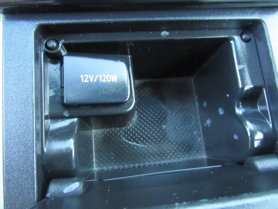Used Toyota Camry LE 2014 | Hilario's Auto Sales Inc.. Worcester, Massachusetts