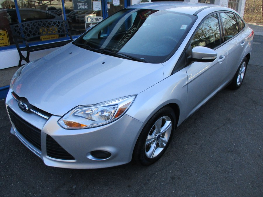Used Ford Focus 4dr Sdn SE 2013 | Cos Central Auto. Meriden, Connecticut