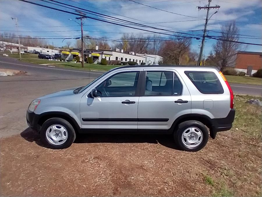 Used 2003 Honda CR-V in Newington, Connecticut | Wholesale Motorcars LLC. Newington, Connecticut