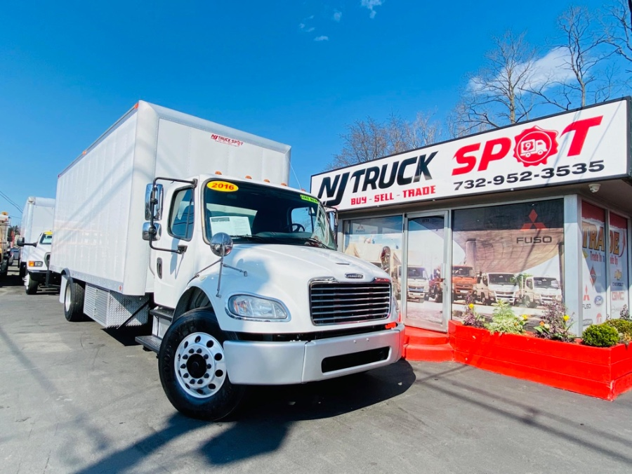 Used FREIGHTLINER M2 24 FEET REFRIGERATED + CUMMINS ENGINE + LIFT GATE 2016 | NJ Truck Spot. South Amboy, New Jersey