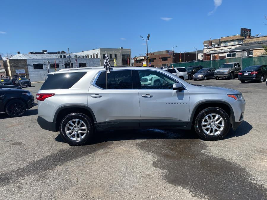 Used Chevrolet Traverse AWD 4dr LT Cloth w/2FL 2018 | Auto Haus of Irvington Corp. Irvington , New Jersey