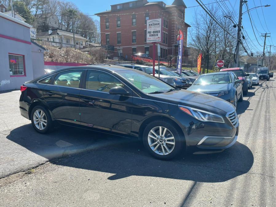Used 2017 Hyundai Sonata in Derby, Connecticut | Bridge Motors LLC. Derby, Connecticut
