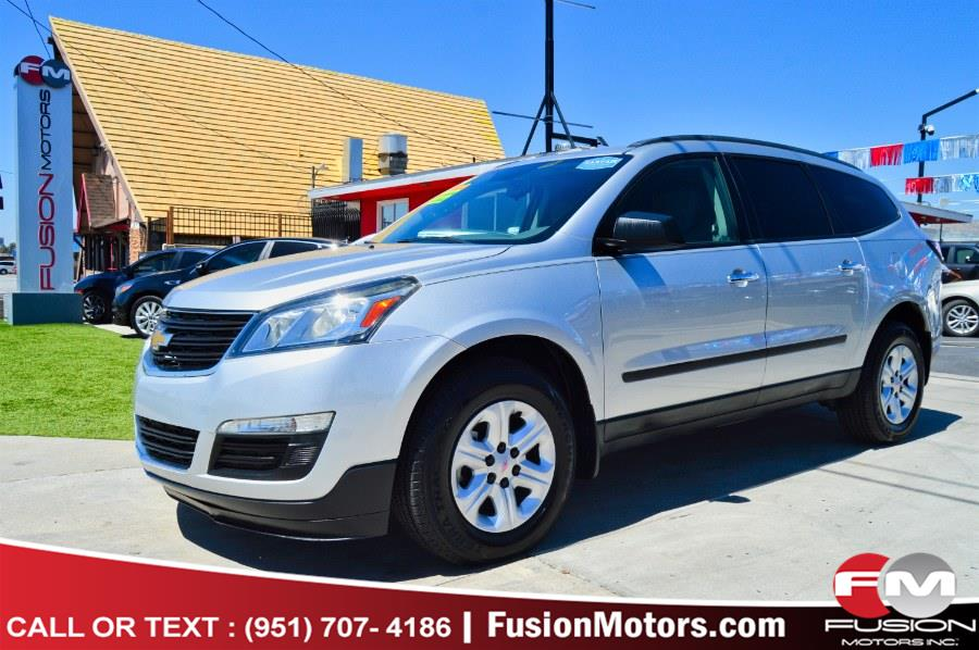 Used 2015 Chevrolet Traverse in Moreno Valley, California | Fusion Motors Inc. Moreno Valley, California