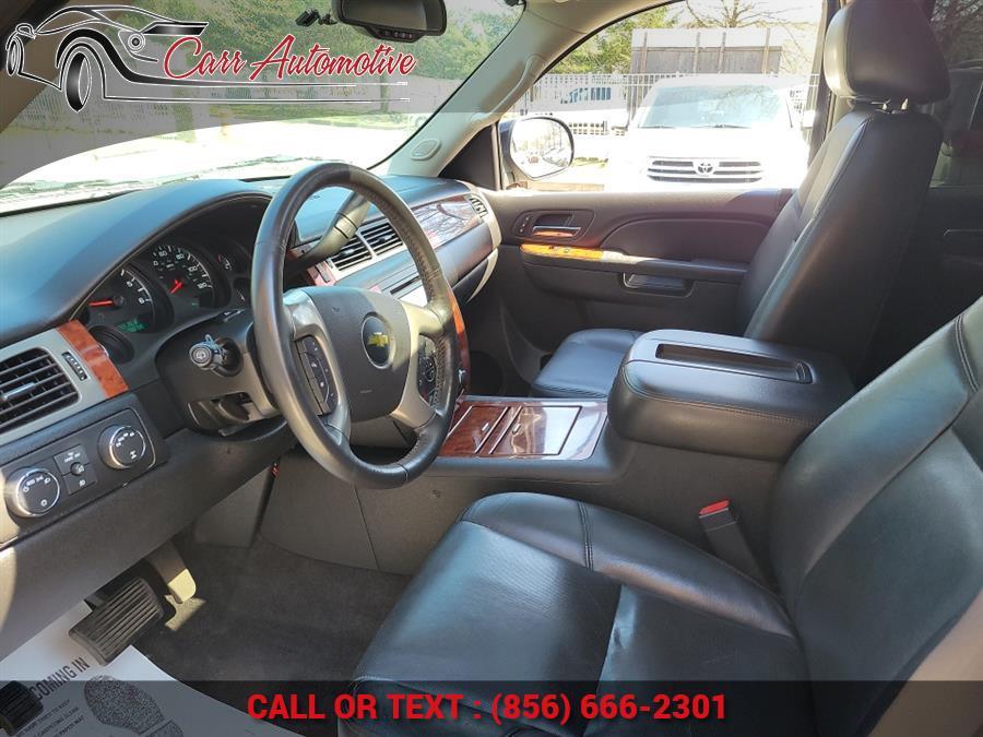 Used Chevrolet Suburban 4WD 4dr 1500 LTZ 2012 | Carr Automotive. Delran, New Jersey