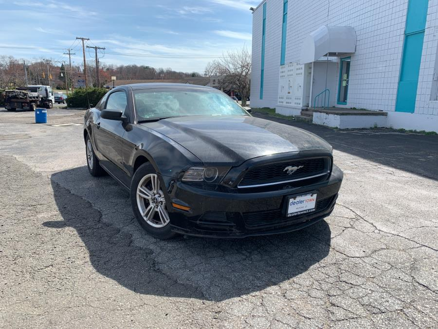 Used Ford Mustang 2dr Cpe V6 2014 | Dealertown Auto Wholesalers. Milford, Connecticut