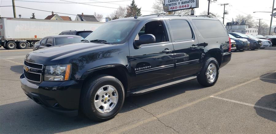 Used Chevrolet Suburban 4WD 4dr 1500 LT 2012 | Victoria Preowned Autos Inc. Little Ferry, New Jersey