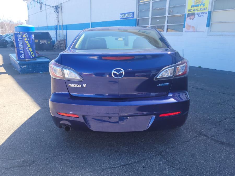Used Mazda Mazda3 4dr Sdn Man i Touring 2012 | Capital Lease and Finance. Brockton, Massachusetts