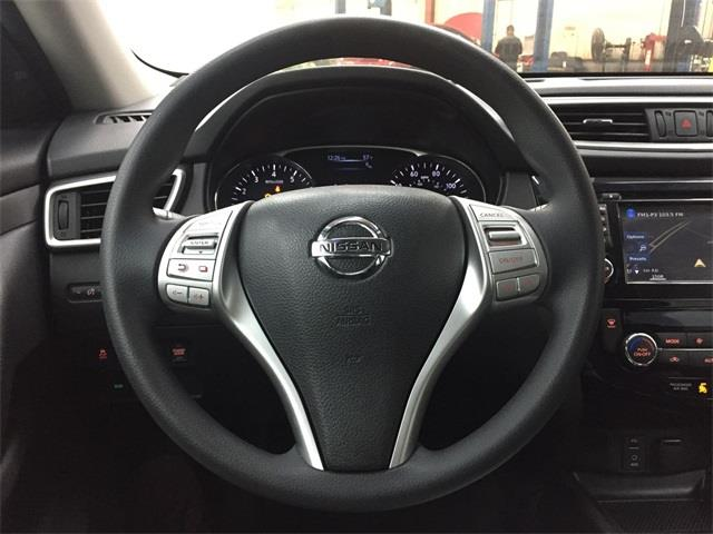 Used Nissan Rogue SV 2016   Eastchester Motor Cars. Bronx, New York