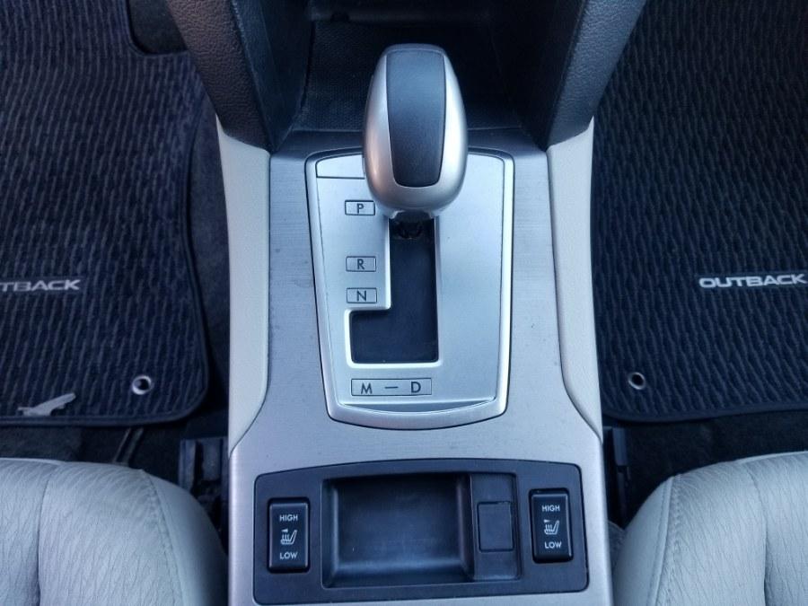 2011 Subaru Outback 2.5i Premium photo