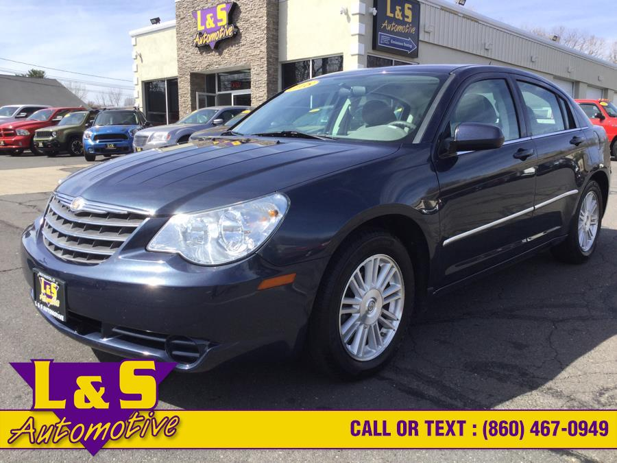 2008 Chrysler Sebring 4dr Sdn Touring FWD, available for sale in Plantsville, CT