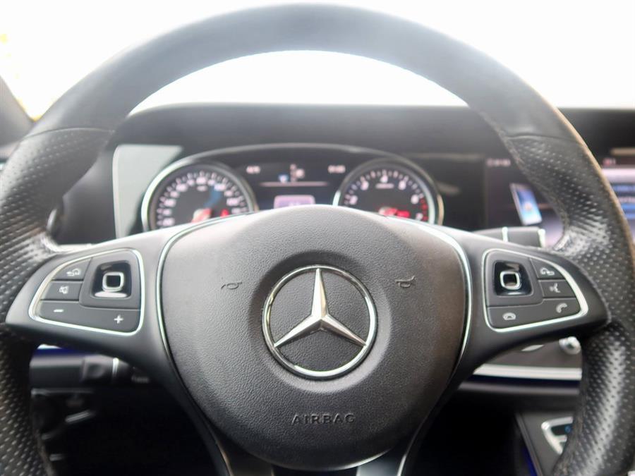Used Mercedes-benz E-class E 300 2018   Auto Expo Ent Inc.. Great Neck, New York