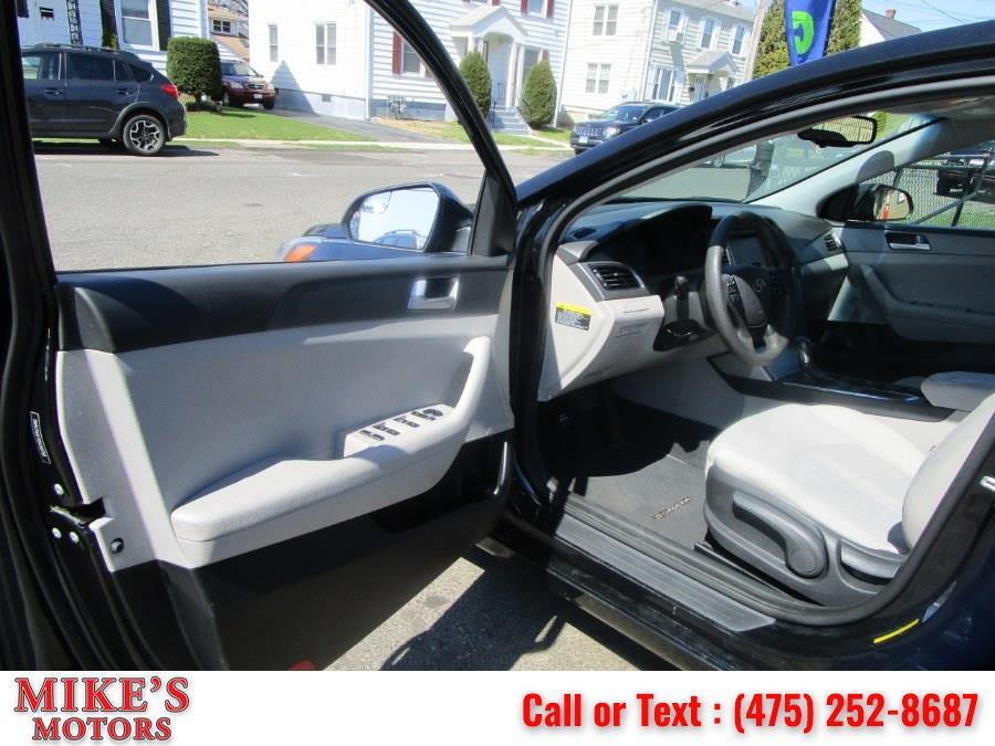 Used Hyundai Sonata 4dr Sdn 2.4L SE 2016 | Mike's Motors LLC. Stratford, Connecticut