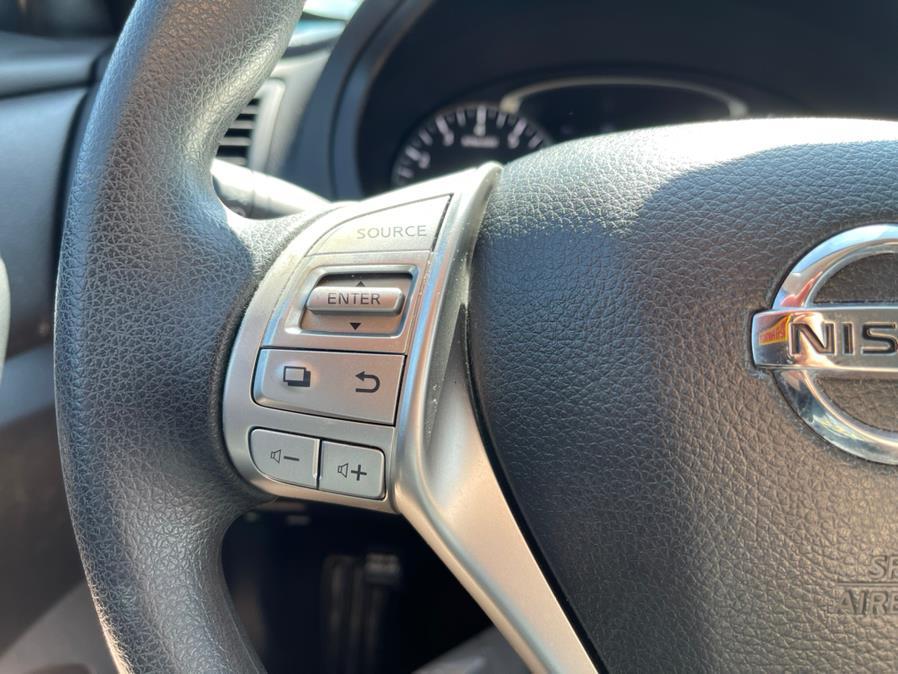 Used Nissan Altima 4dr Sdn I4 2.5 S 2016 | Merrimack Autosport. Merrimack, New Hampshire
