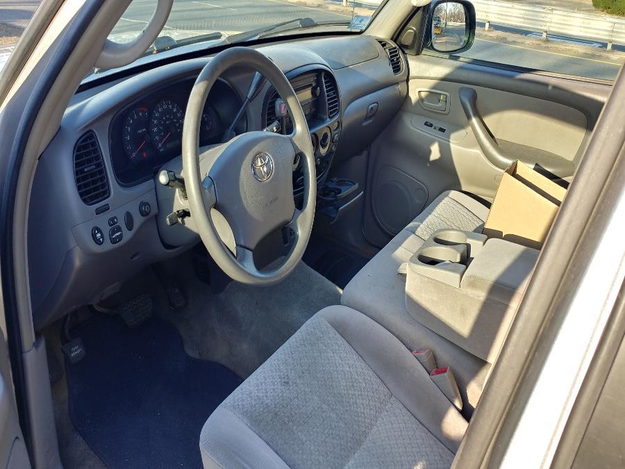 Used Toyota Tundra DoubleCab V8 SR5 4WD 2006 | Matts Auto Mall LLC. Chicopee, Massachusetts