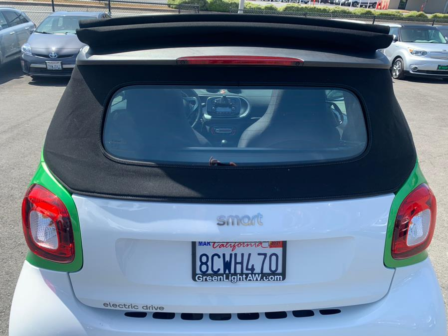 Used Smart Fortwo Electric Drive Passion Cabriolet 2017 | Green Light Auto Wholesale. Daly City, California