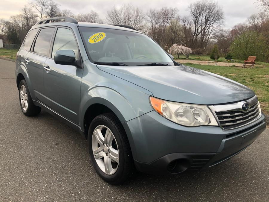 Used 2009 Subaru Forester (Natl) in Agawam, Massachusetts | Malkoon Motors. Agawam, Massachusetts