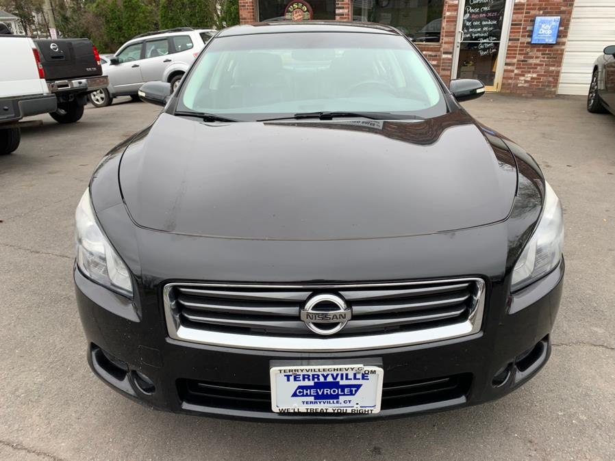 Used Nissan Maxima 4dr Sdn V6 CVT 3.5 SV w/Sport Pkg 2012 | Central Auto Sales & Service. New Britain, Connecticut