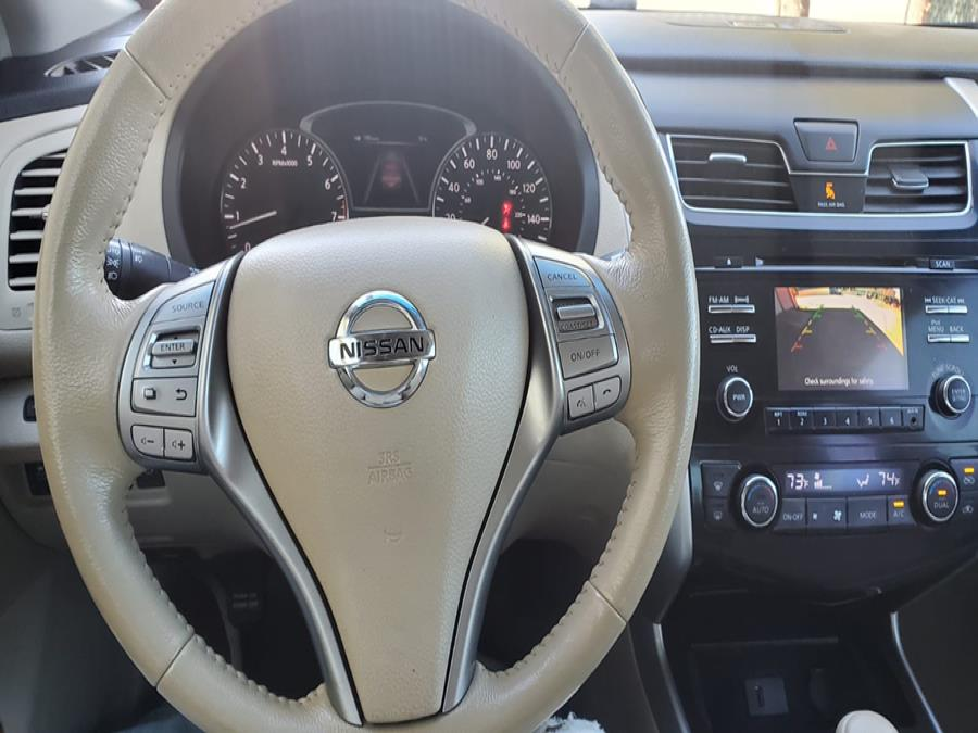 Used Nissan Altima 4dr Sdn I4 2.5 S 2013 | Capital Lease and Finance. Brockton, Massachusetts
