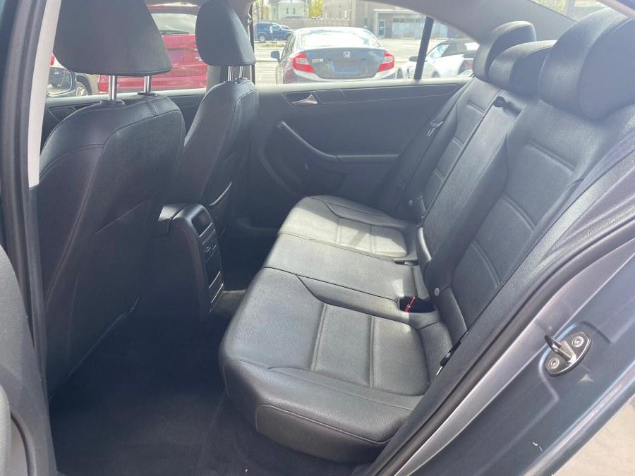 Used Volkswagen Jetta Sedan 4dr Auto SE PZEV 2011 | Safe Used Auto Sales LLC. Danbury, Connecticut