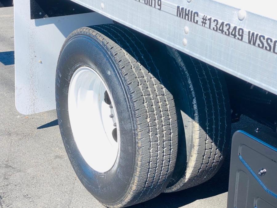 Used Isuzu NPR 12 FEET DRY BOX + RAMP + NO CDL 2013   NJ Truck Spot. South Amboy, New Jersey