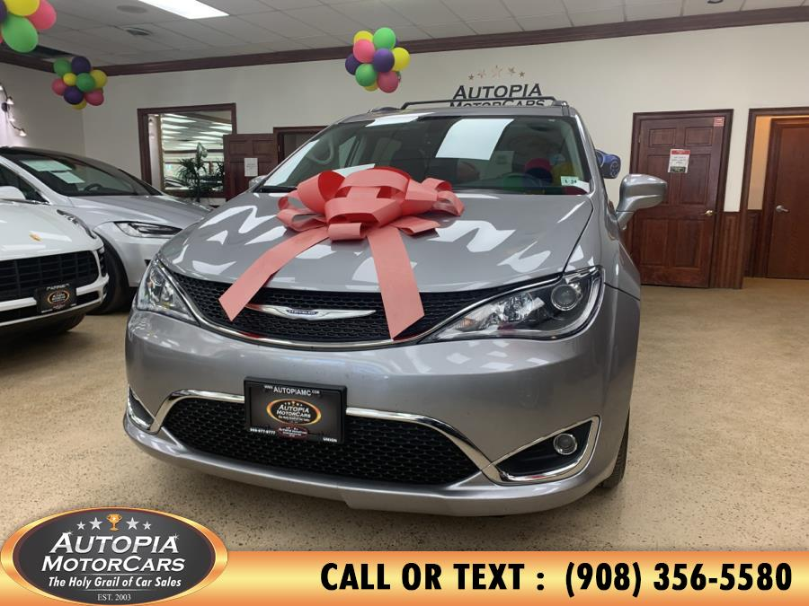 Used 2019 Chrysler Pacifica in Union, New Jersey | Autopia Motorcars Inc. Union, New Jersey