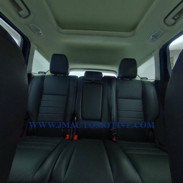 Used Ford Escape 4WD 4dr Titanium 2016 | J&M Automotive Sls&Svc LLC. Naugatuck, Connecticut