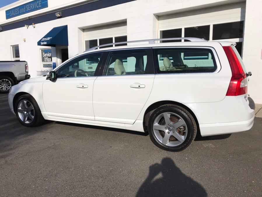 Used Volvo V70 FWD 3.2 2010 | Good Guys Auto House. Southington, Connecticut