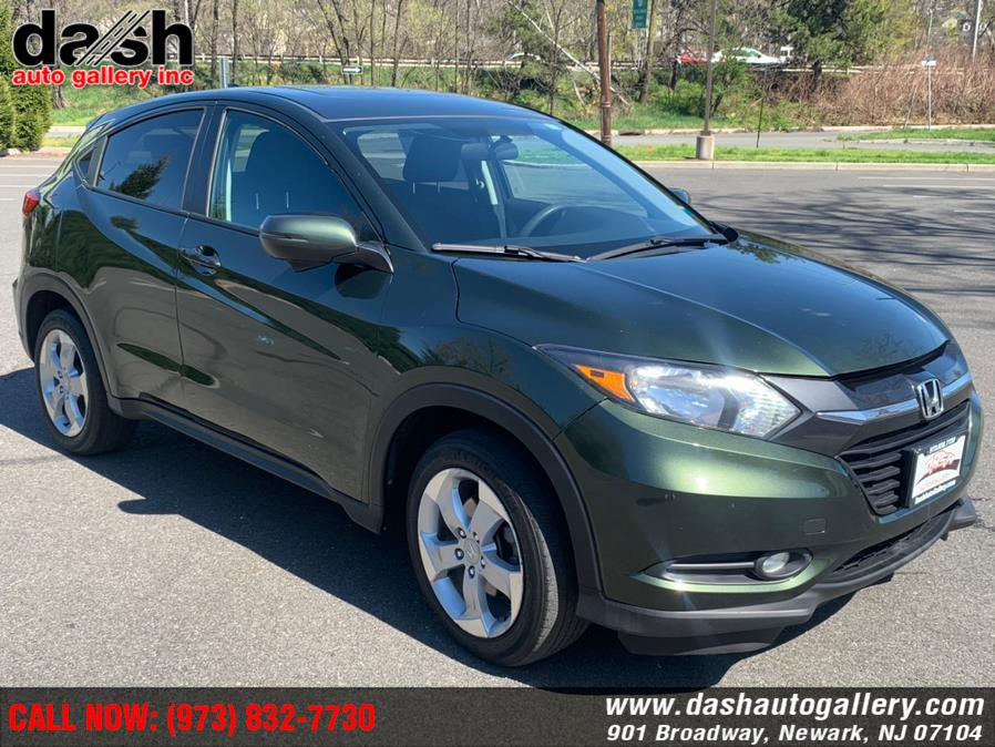 Used 2016 Honda HR-V in Newark, New Jersey | Dash Auto Gallery Inc.. Newark, New Jersey