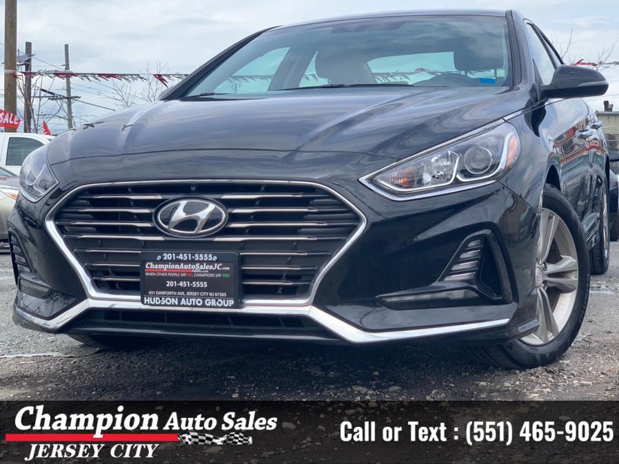Used 2018 Hyundai Sonata in Jersey City, New Jersey | Champion Auto Sales. Jersey City, New Jersey