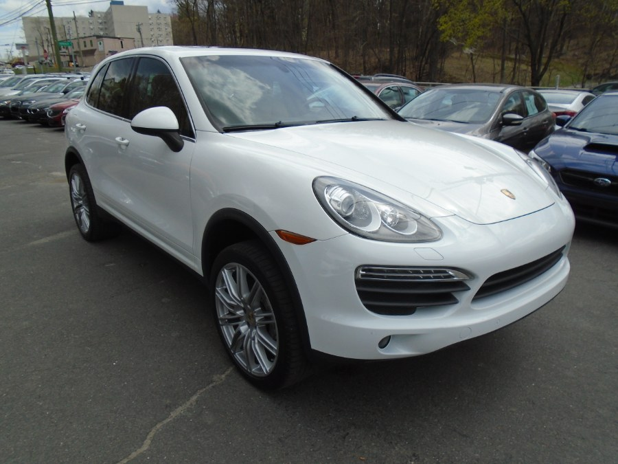 Used 2013 Porsche Cayenne in Waterbury, Connecticut | Jim Juliani Motors. Waterbury, Connecticut