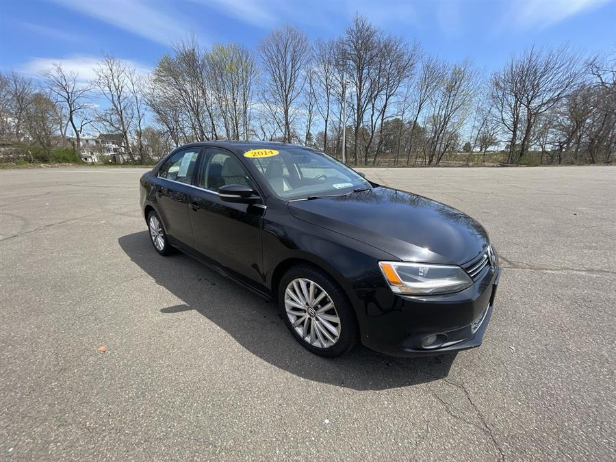 Used 2014 Volkswagen Jetta Sedan in Stratford, Connecticut | Wiz Leasing Inc. Stratford, Connecticut