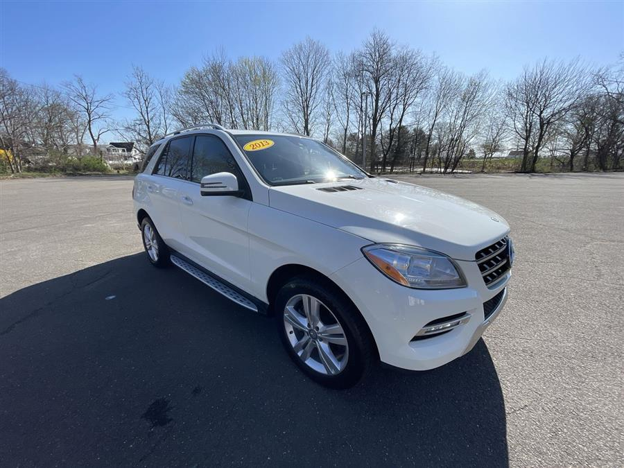Used 2013 Mercedes-Benz M-Class in Stratford, Connecticut | Wiz Leasing Inc. Stratford, Connecticut