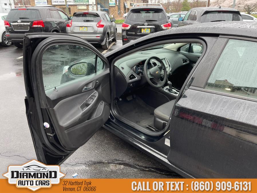 Used Chevrolet Cruze 4dr Sdn 1.4L LS w/1SB 2017   Diamond Auto Cars LLC. Vernon, Connecticut