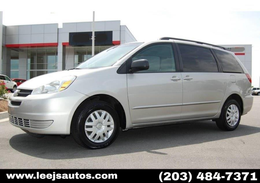 Used 2005 Toyota Sienna in North Branford, Connecticut | LeeJ's Auto Sales & Service. North Branford, Connecticut