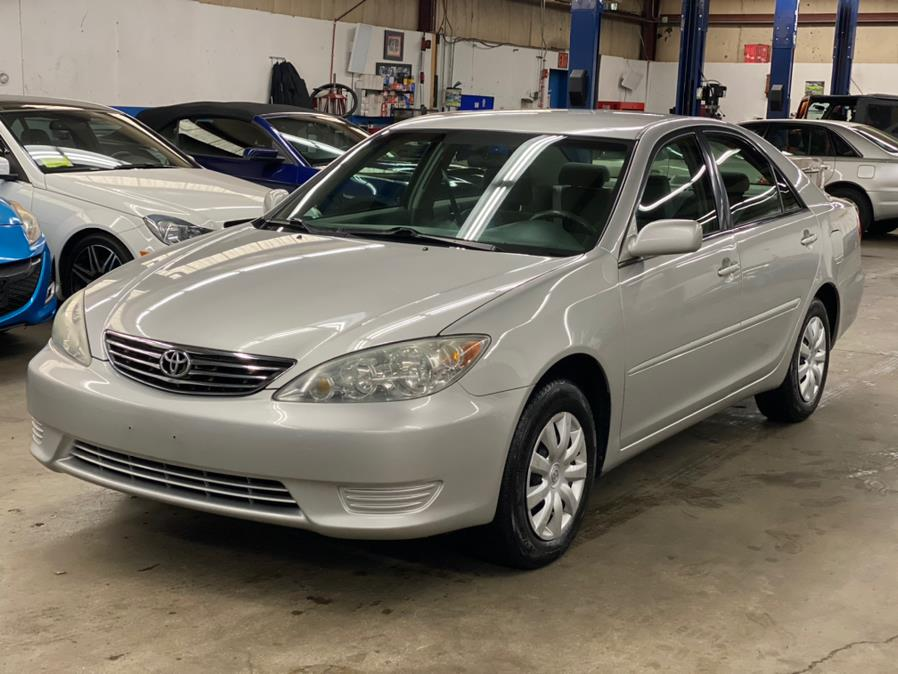 Used Toyota Camry 4dr Sdn LE Auto 2006 | New Beginning Auto Service Inc . Ashland , Massachusetts