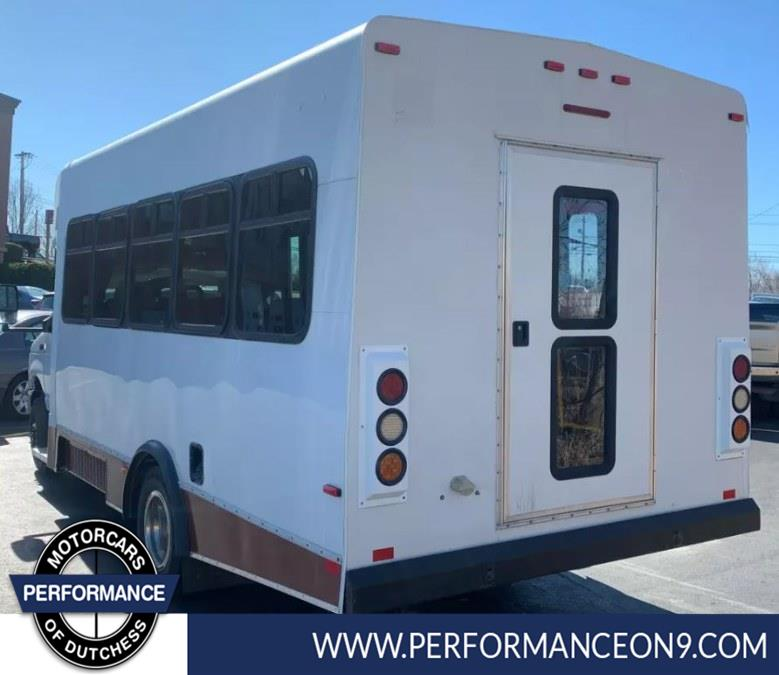 """Used Ford Econoline Commercial Cutaway E-450 Super Duty 158"""" DRW 2013 