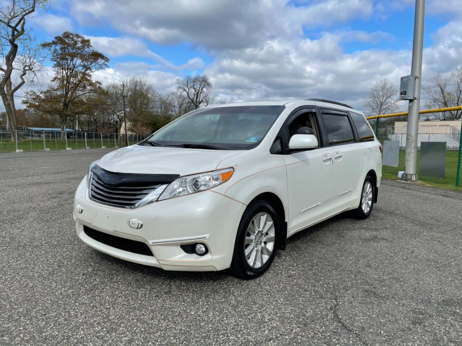 Used Toyota Sienna 5dr 7-Pass Van XLE AWD (Natl) 2015 | Cars With Deals. Lyndhurst, New Jersey