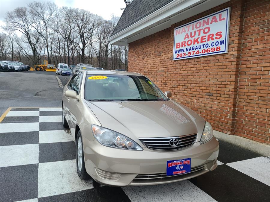 Used 2005 Toyota Camry in Waterbury, Connecticut | National Auto Brokers, Inc.. Waterbury, Connecticut